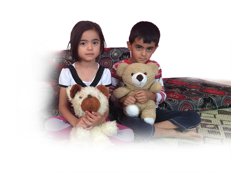 Teddy Bears, Syria, Girl, Boy