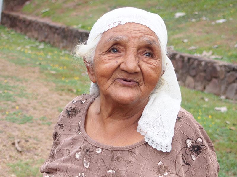 Woman, Medicine, Nicaragua, Multitudes
