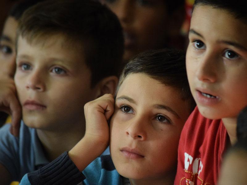 sponsor-a-refugee-child-school-program