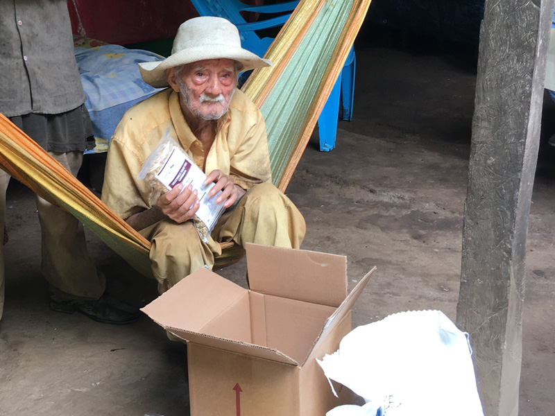 102-year-old-receives-cam-food-parcel