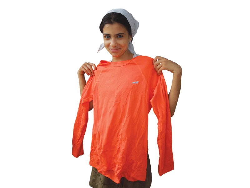 clothing-bundles-needy-romanian-families