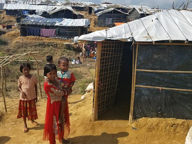 Children in Rohingya refugee camp