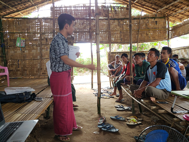 Mro people, Christian Aid Ministires